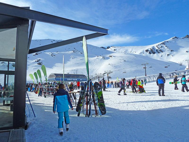 P1130464-The Remarkables ski resort